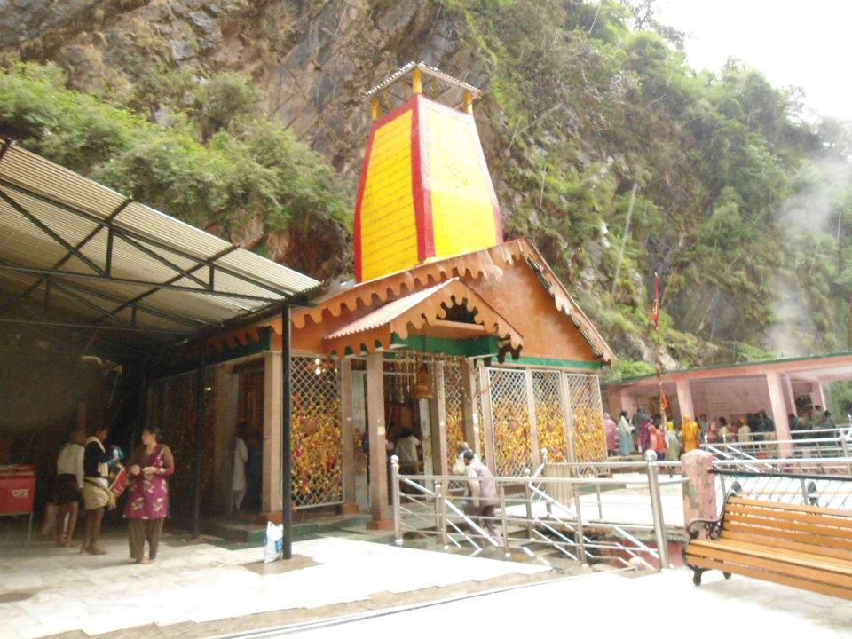 yamunotri temple- uttrakhand