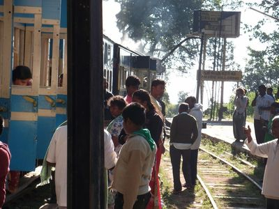 station stop, Ooty toy train