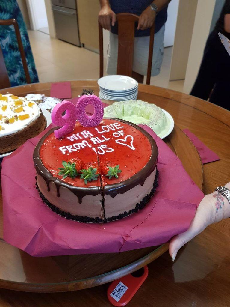 Enjoyable India Travel Pictures 90Th Birthday Cake 0 Funny Birthday Cards Online Elaedamsfinfo