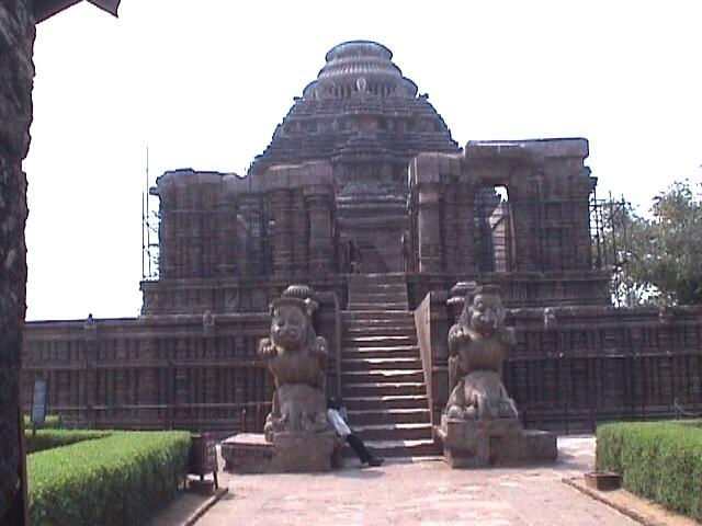 Surya temple, Konark (other view)