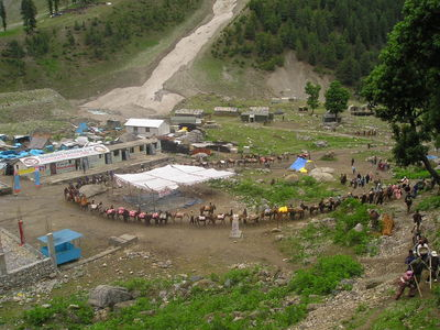 The mule train about to go up to Amarnath