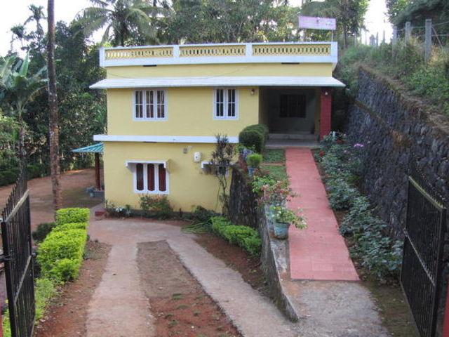A guesthouse in Wayanad, near Soochiparra waterfalls