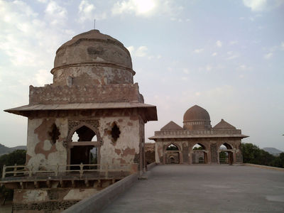 Mandu - Hidden and Forgotten - A Mandu India travel guide