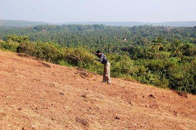 Climbing Chapora