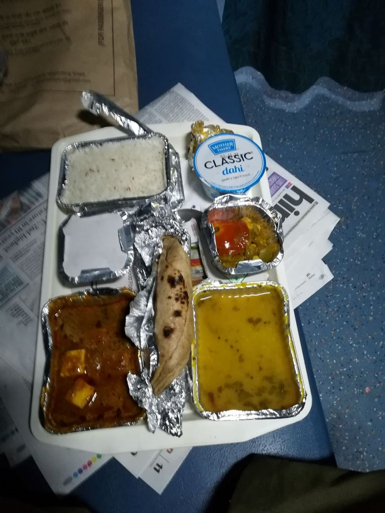 train-meal.jpg