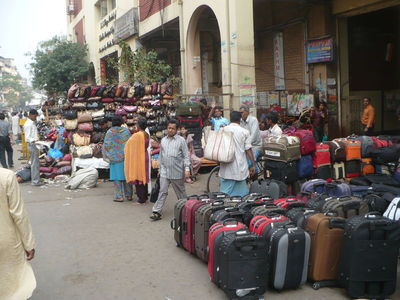 Tips and Suggestions on What to Pack when Traveling in India During the Sum...