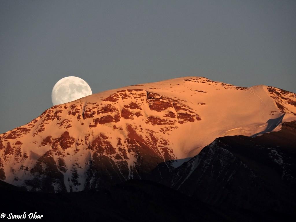 Moonrise at Tso Moriri