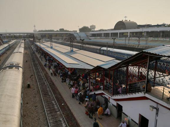delhi-station.jpg