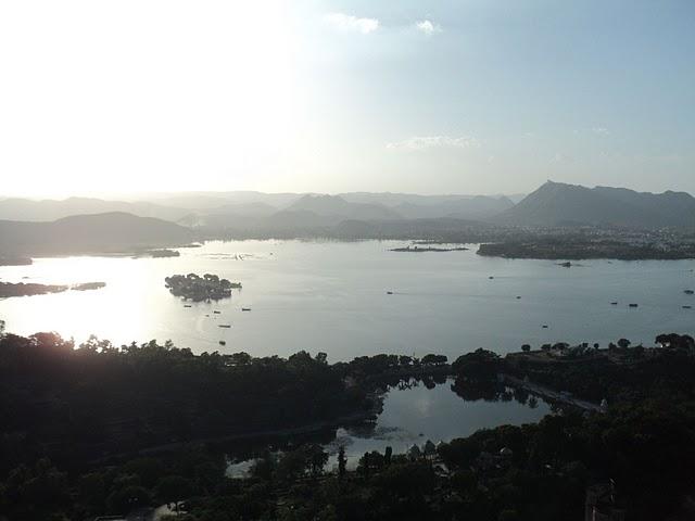 Name:  Jag Mandir Palace Ropeway.jpg Views: 17075 Size:  33.0 KB