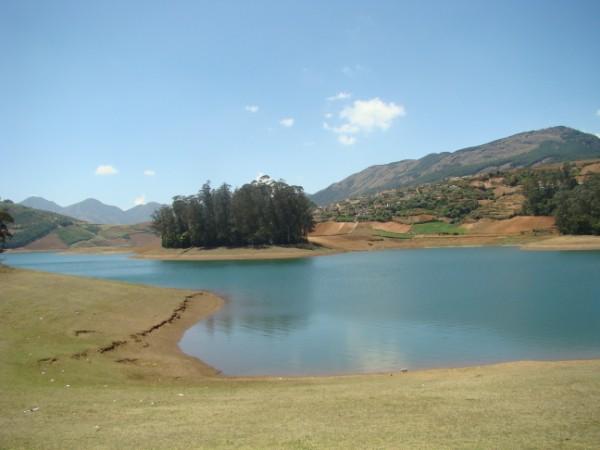 Emerald dam 2.jpg