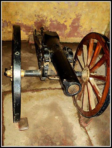 Name:  Cannon.jpg Views: 3089 Size:  40.8 KB