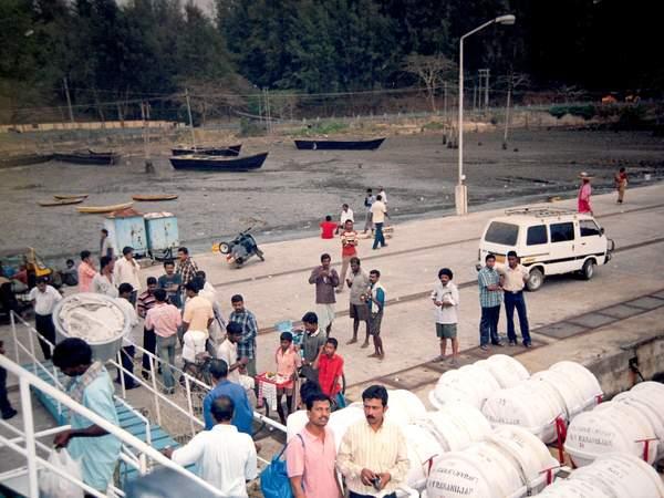 Name:  Port Blair dockside.jpg Views: 919 Size:  51.6 KB