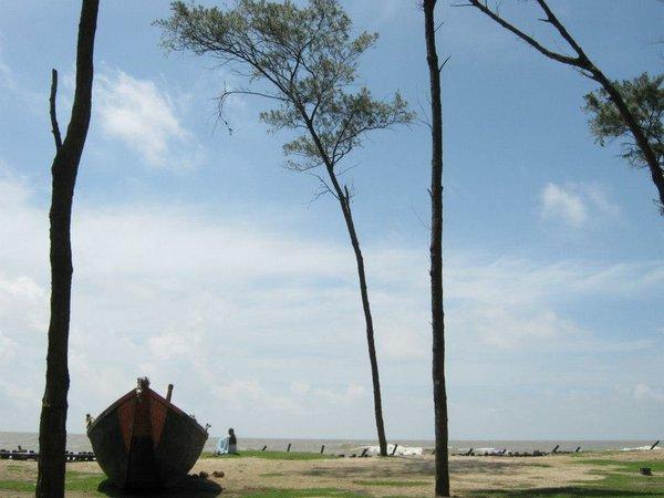 Name:  Tajpur Sea beach.jpg Views: 7432 Size:  44.1 KB