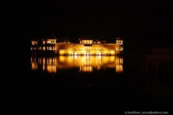 Name:  Jaipurkidiwali12.jpg Views: 1215 Size:  18.1 KB