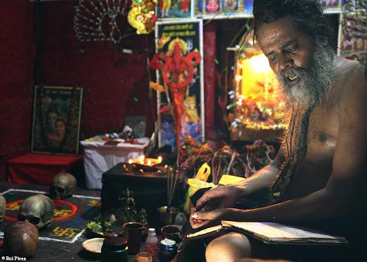 India Travel   Forum: Varanasi - Meeting aghori sadhu in varanasi