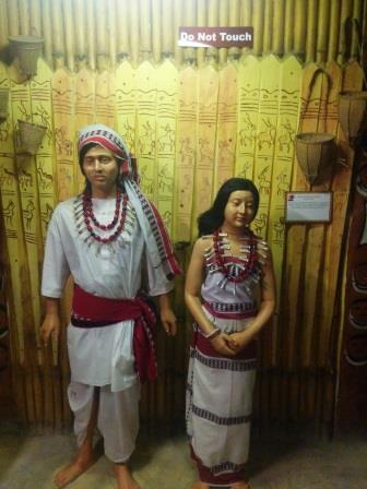 tribal4_e.jpg
