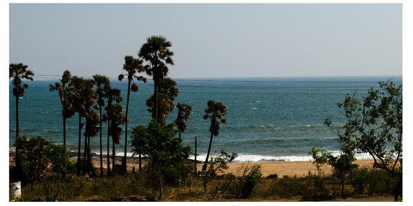 Vizag sea shore.jpg