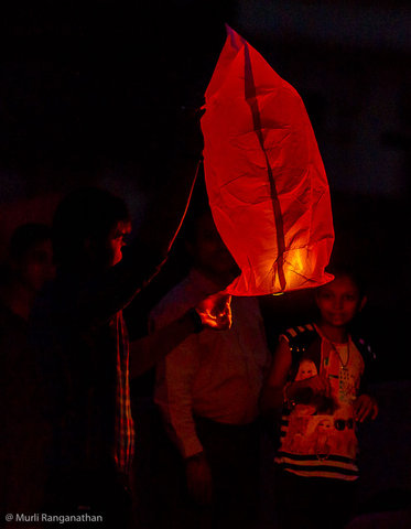 Name:  launching a chinese lantern-1-2.jpg