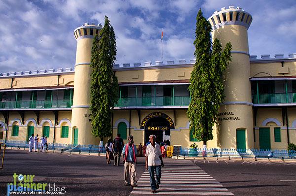 Name:  Andaman_Port-Blair_Cellular-Jail.jpg Views: 963 Size:  84.8 KB