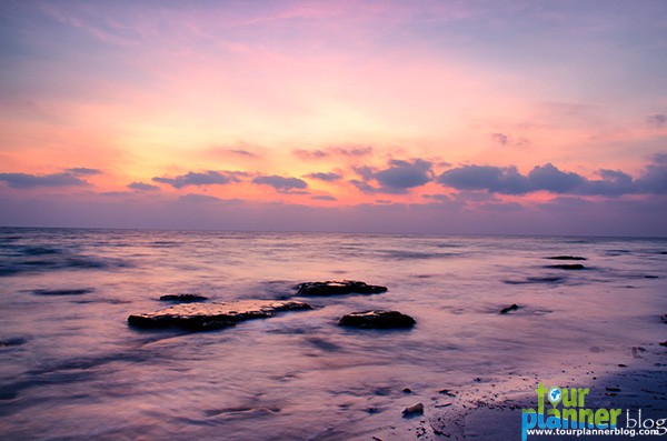 Name:  Sunrise-at-Kalapatthar2.jpg Views: 799 Size:  84.1 KB