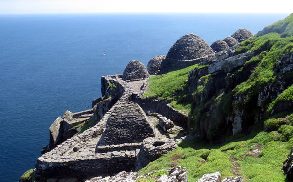 Name:  monastery_Ireland.jpg Views: 68 Size:  73.4 KB