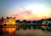 Golden Temple by LOWKEY_.  Tags: Punjab, Amritsar, temple, Golden Temple.