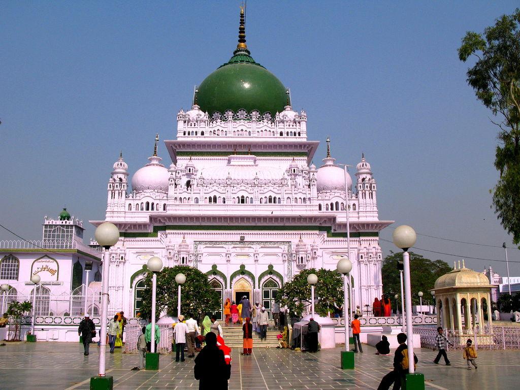 Dewa Sharif, Barabanki, Lucknow - Shrine - Haji Waris Alio Shah