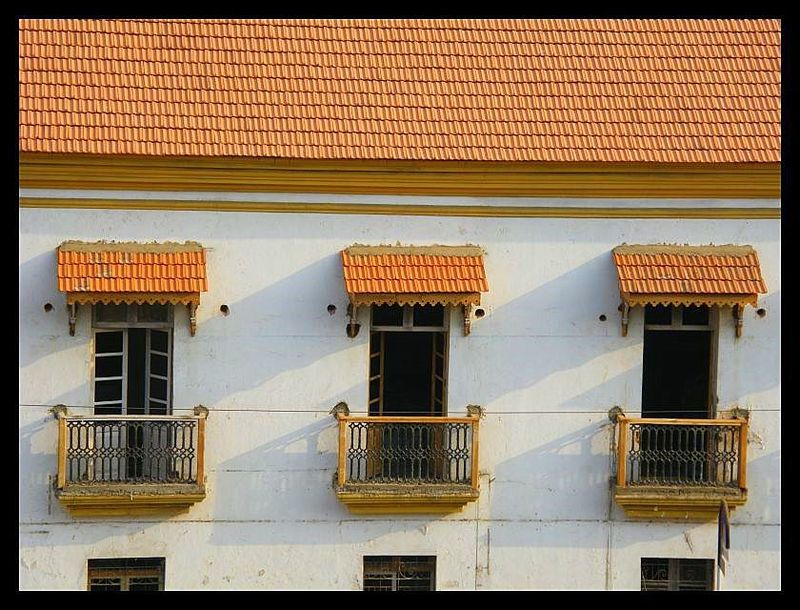 Old building panjim india travel forum for Architecture design for home in goa