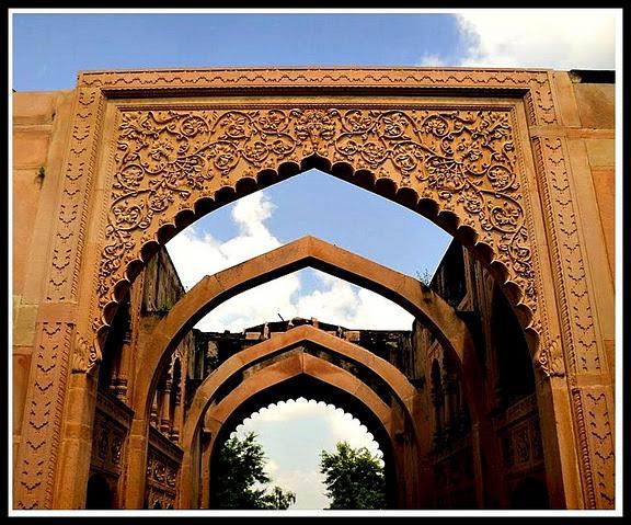 Entrance to Deeg Palace