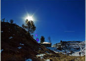 Sun and Snow - auli by Prashant Menon.  Tags: Uttarakhand, Auli, sun.