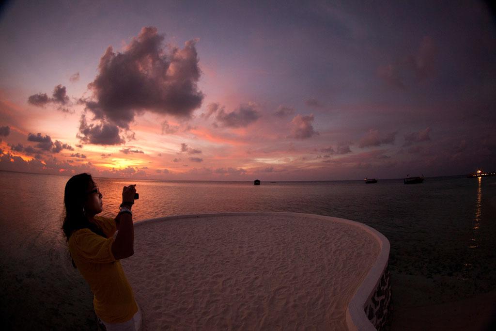 Sunset in the Maldives - India Travel Forum | IndiaMike.com