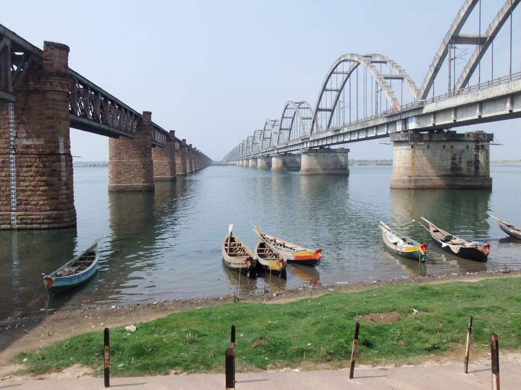Image result for rajahmundry railway bridge