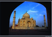 A tribute to Taj by Khans.  Tags: Agra, Uttar Pradesh, Taj Mahal, Temples and Monuments.