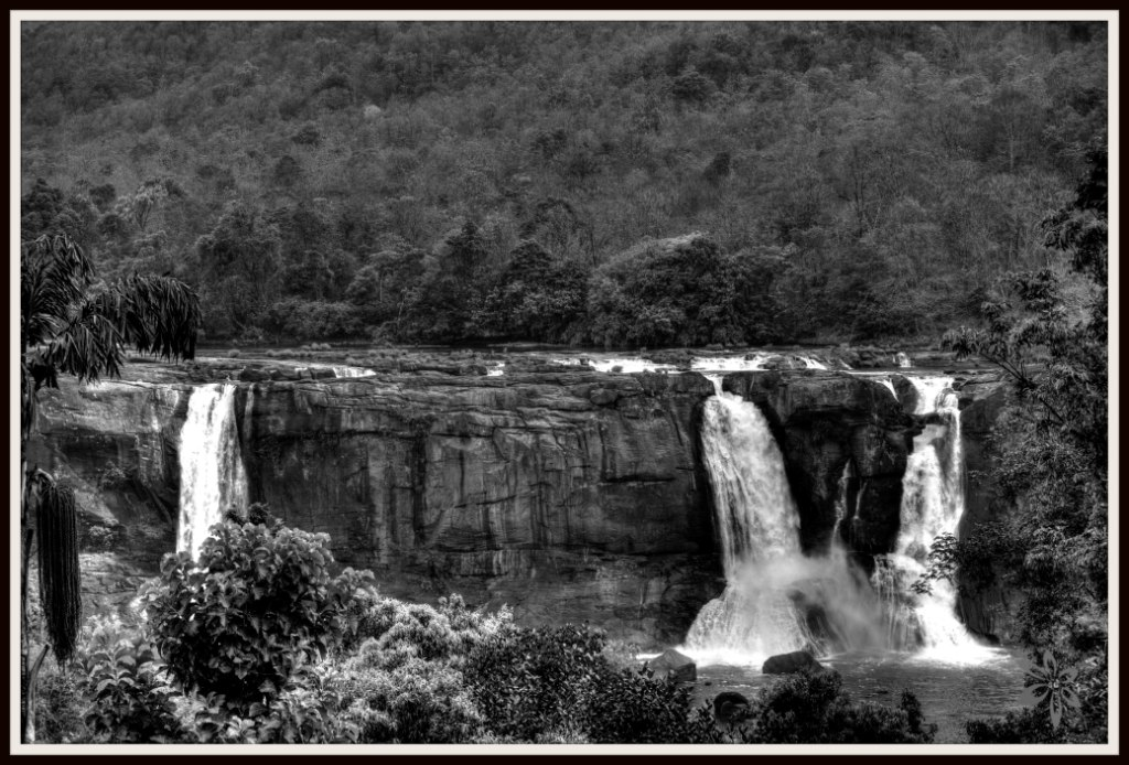 Athirapally India  city photos : Athirapally Waterfalls India Travel Forum | IndiaMike.com
