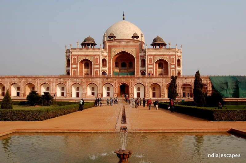 The first Mughal building in India to feature Charbagh garden, fountains and the water channels.
