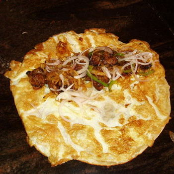 Vandy's double egg double mutton roll