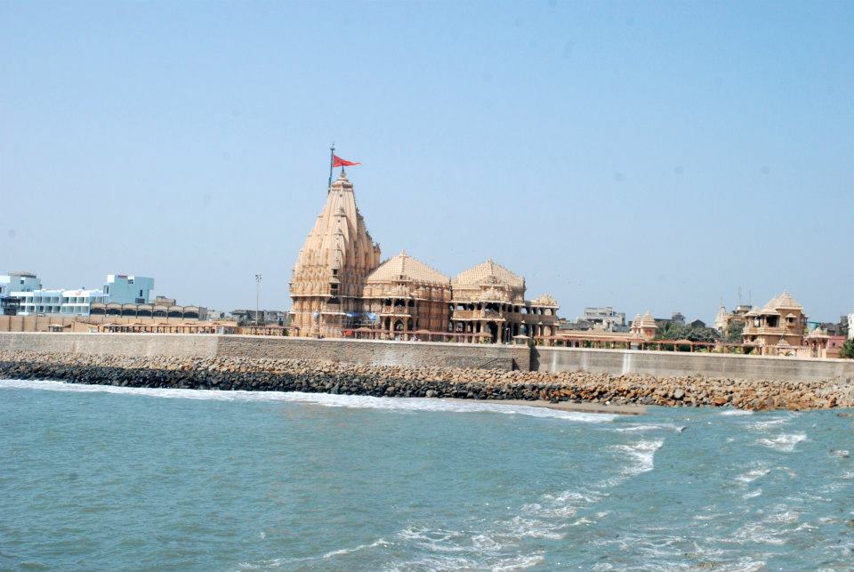http://www.indiamike.com/files/images/68/10/31/somnath-temple-one-of-the-twelve-jyotirlingas-of-lord-shiva-.jpg