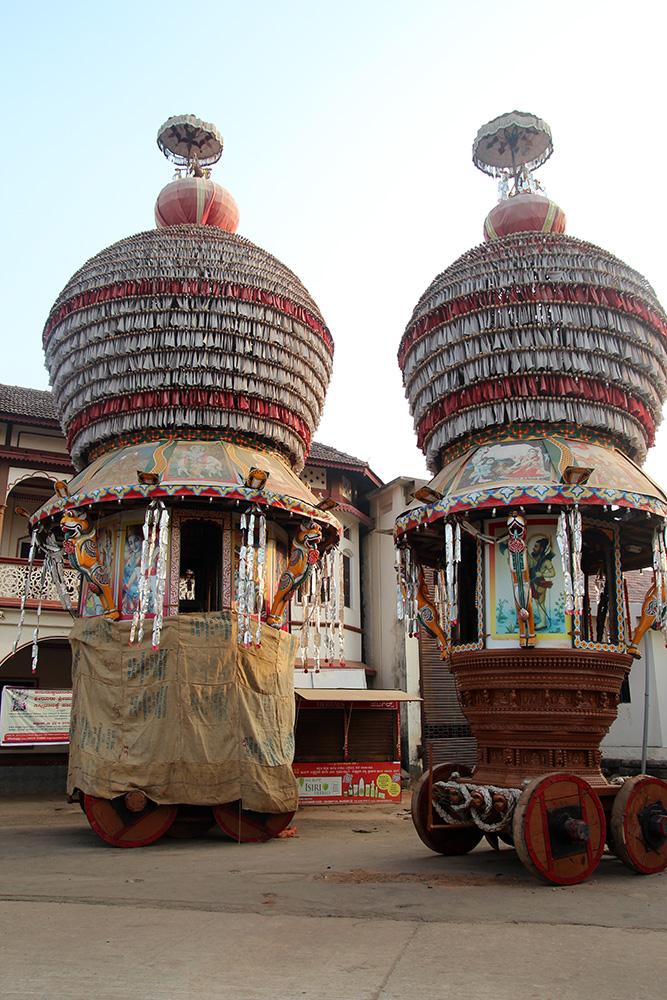 udupi krishna temple car india travel forum. Black Bedroom Furniture Sets. Home Design Ideas