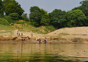 Bathers on the banks by spud.  Tags: Uttar Pradesh, Mirzapur, ganges, bathers.