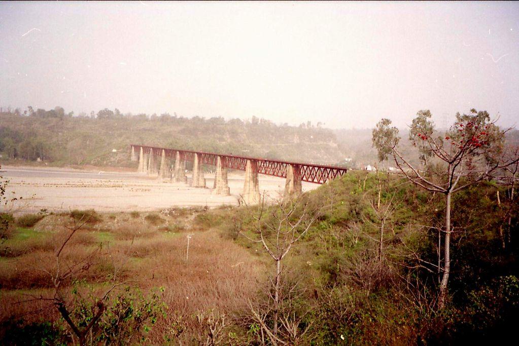Kangra India  City new picture : Kangra Valley Railway Beas River India Travel Forum | IndiaMike ...