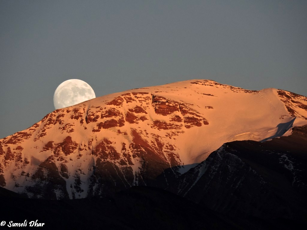 Moonrise at Tso Moriri