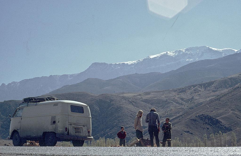 1970 Vw Bus >> HIPPIE TRAIL OVERLAND 1970 - India Travel Forum ...