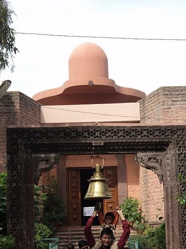 Name:  Shiv Temple Mt Abu.jpg Views: 13698 Size:  53.6 KB