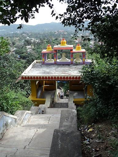 Name:  Way to Arbuda Devi Temple.jpg Views: 15311 Size:  87.1 KB