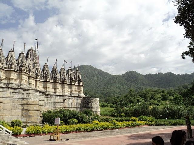Name:  Ranakpur Temple.jpg Views: 12642 Size:  89.6 KB