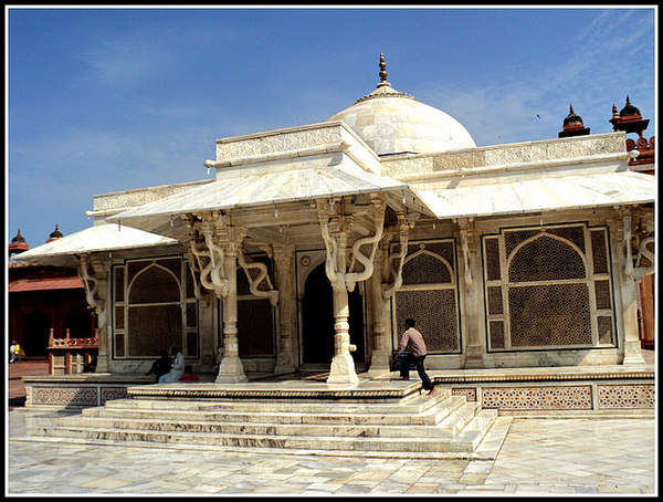 Name:  The Dargah.jpg