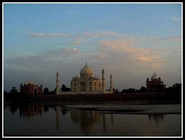 Name:  Taj - Mehtab Bagh2.jpg