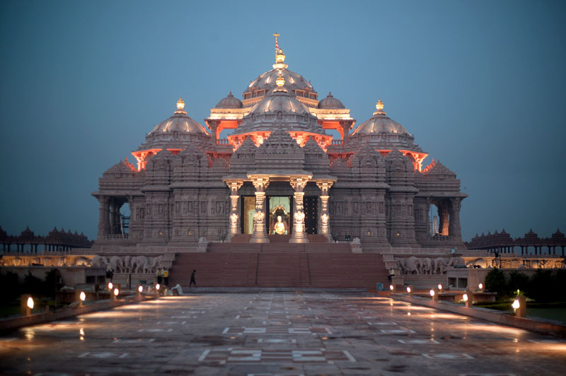 http://www.indiamike.com/india/attachments/3463d1132088588-akshardham-temple-monument-to-world-peace-temple6.jpg