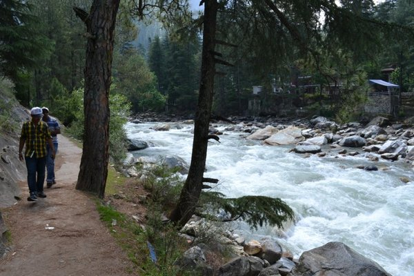 Name:  river side walk.jpg Views: 1293 Size:  67.7 KB
