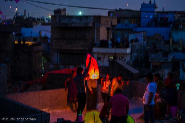 Name:  launching a chinese lantern-1.jpg Views: 155 Size:  51.2 KB